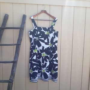 Jessica Howard Midi apron dress black white print